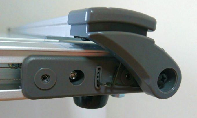 製図板のフローティング調整機能